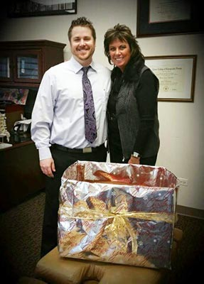 Chiropractor Downers Grove IL Dr. Mike DeCubellis and Vickie